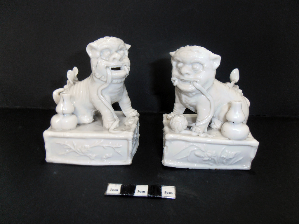 Foo dogs – before treatment
