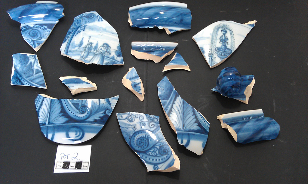 Delft Urn B – damage fragments